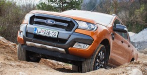 ford-ranger-wildtrak-offroad