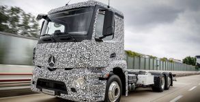 Mercedes-Benz Trucks; Urban eTruck; Elektro-Lkw; Weltpremiere;  Elektromobilität; modulares Batteriekonzept; Verteilerverkehr ;Mercedes-Benz Trucks; Urban eTruck; Electro-Lkw; world premiere; electric mobility; modular battery concept; distribution;