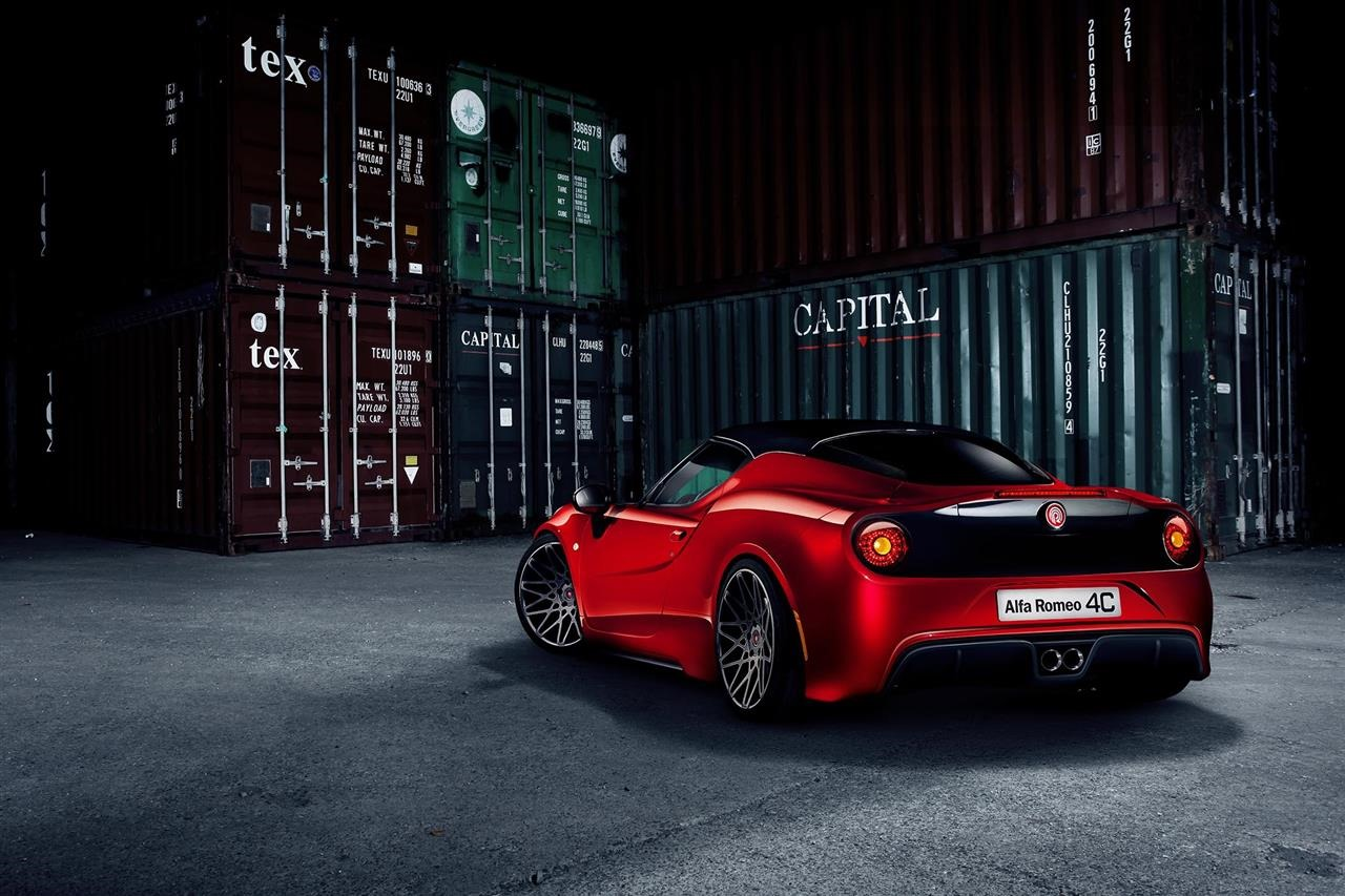 Alfa-Romeo-4C-Pogea-Racing-2[4]