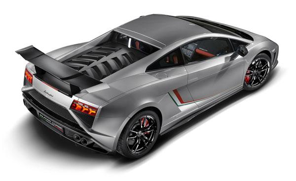 Lamborghini-Gallardo-LP-570-4-Squadra-Corse_02-w