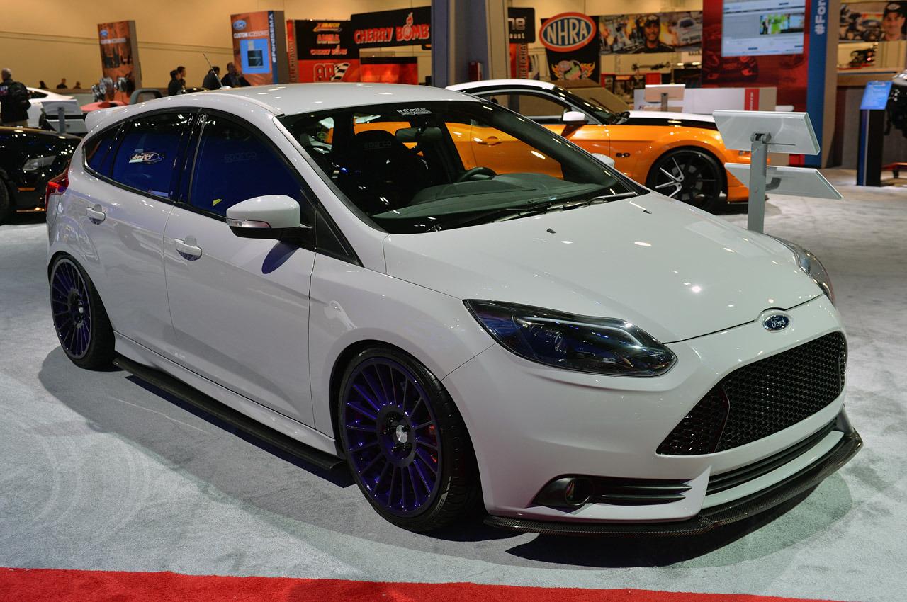 08-ford-focus-st-sema-2013-1