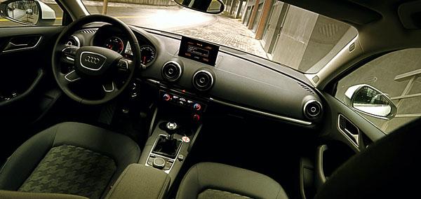 audi-a3-limousine-interior