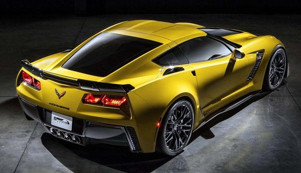 corvette-z06-rear