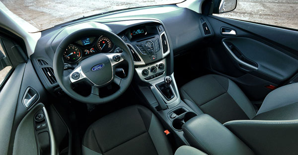 ford-focus-ecoboost-interior-2