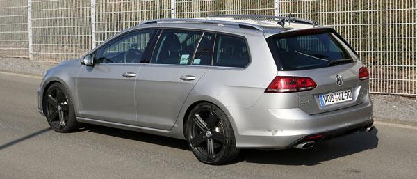 volkswagen-golf-r-variant-rear