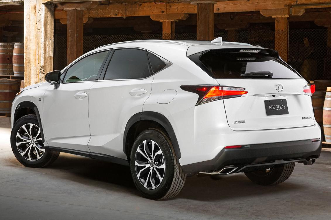 2015-Lexus-NX-200-112