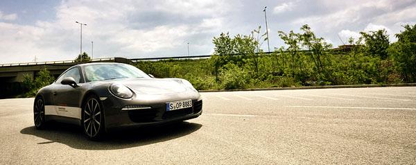 porsche-911-front1