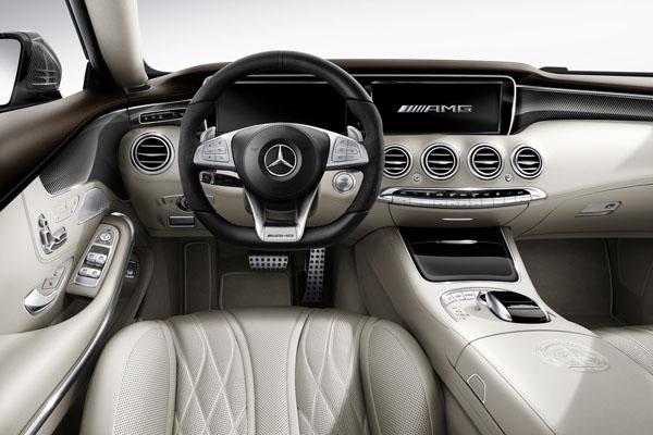 mercedes-amg-performance-interior