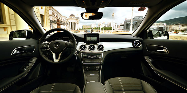 mercedes-benz-gla-interior