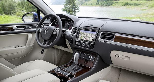vw-touareg-facelift-interior