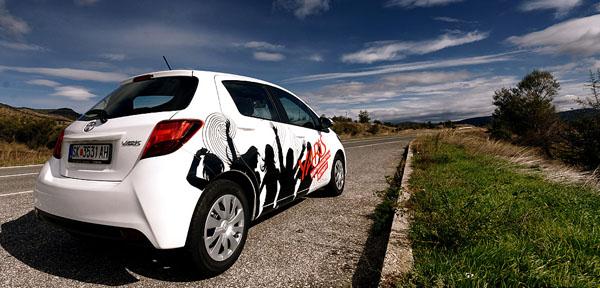 toyota-yaris-carclub-side-rear2