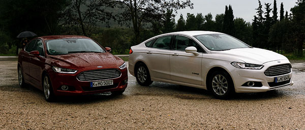 mondeo-sedan-hatch-front