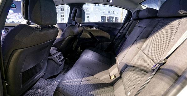peugeot-508-interior3