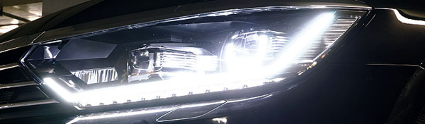 volkswagen-passat-front-light