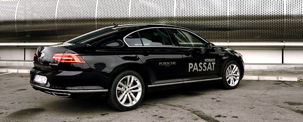volkswagen-passat-side-rear