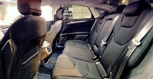 ford-mondeo-interior2