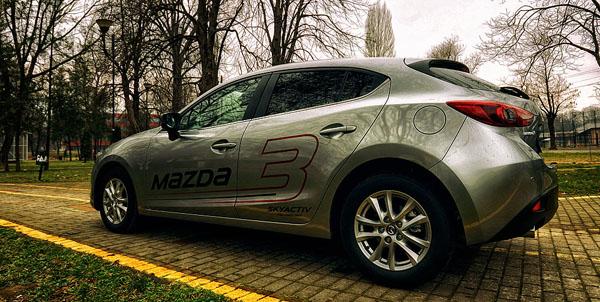 mazda-3-siderear-malikovski-carclub