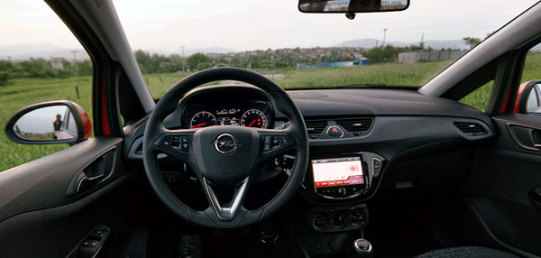 opel-corsa-interior1
