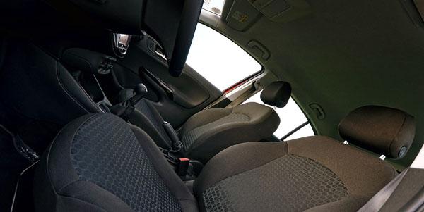 opel-corsa-interior2