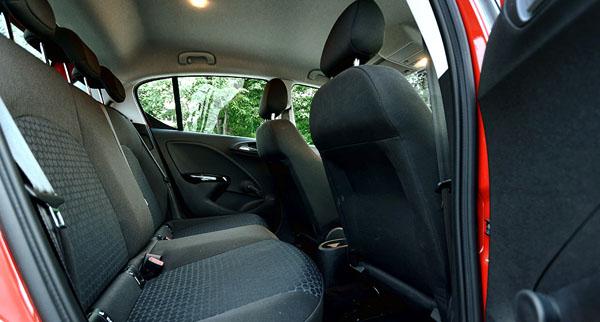 opel-corsa-interior3