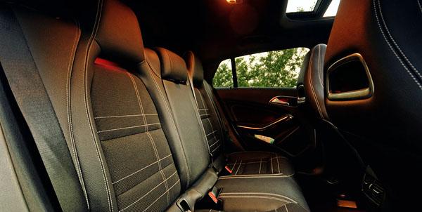 mercedes-benz-cla-sb-interior-rear