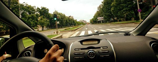 mitsubishi-i-miev-driving2