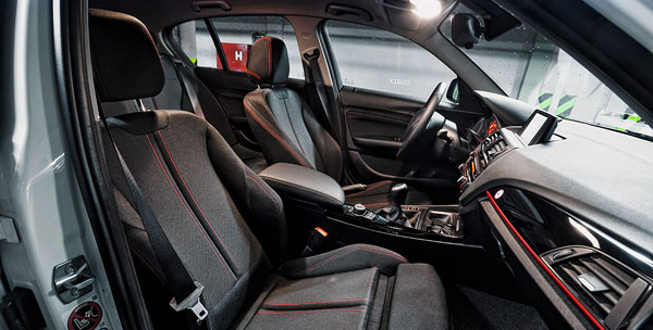 bmw-118d-interior1