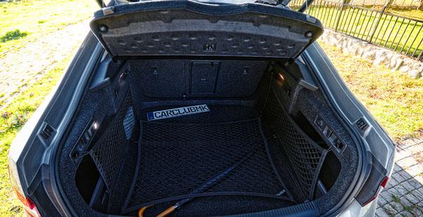 skoda-superb-carclub-interior-boot