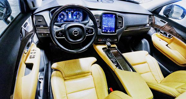 volvo-xc90-carclub-interior1