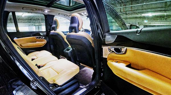 volvo-xc90-carclub-interior3