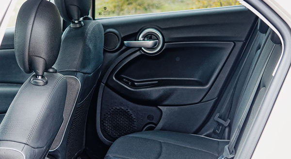 fiat-500x-carclub-interior-rear