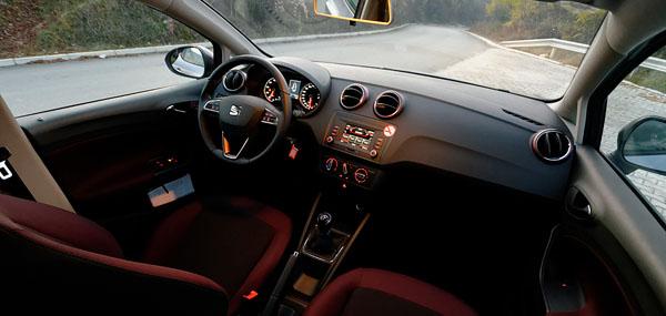 seat-ibiza-velvet-carclub-interior1
