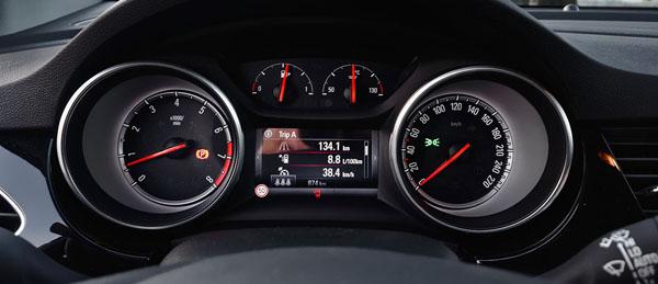 opel-astra-carclub-interior-dials
