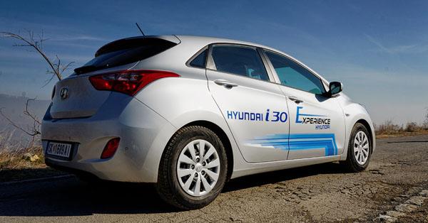 hyundai-i30-carclub-rear1