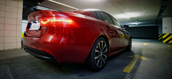 jaguar-xe-carclub-rear-low2
