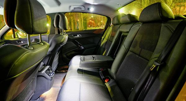 peugeot-508-carclub-interior2