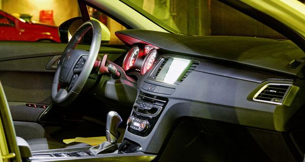 peugeot-508-carclub-interior4