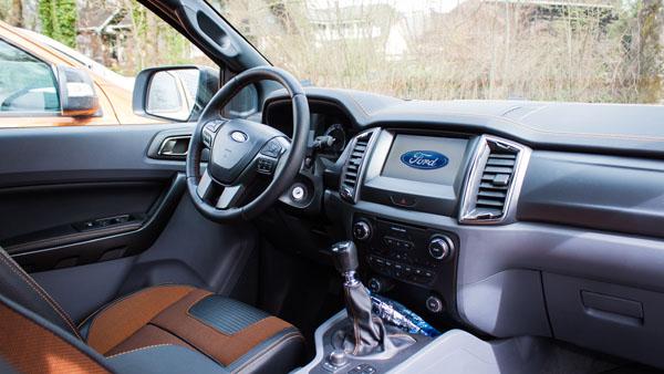 ford-ranger-carclub-interior1