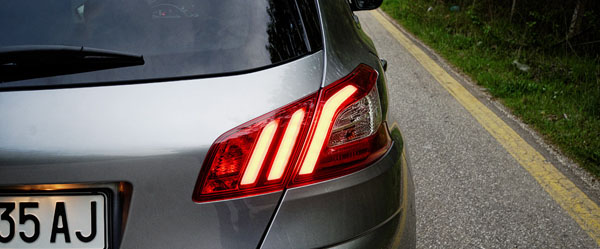 peugeot-308-style-carclub-rearlights