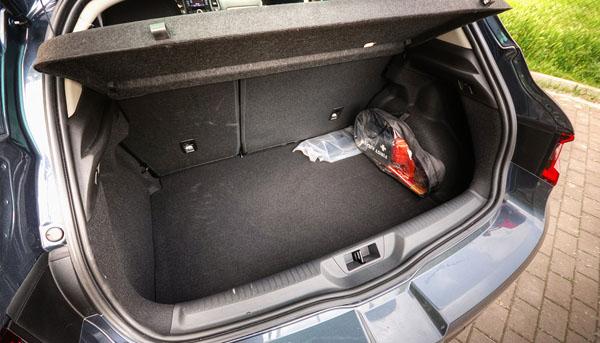 renault-megane-interior-boot