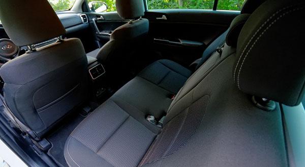 kia-sportage-carclub-interior4