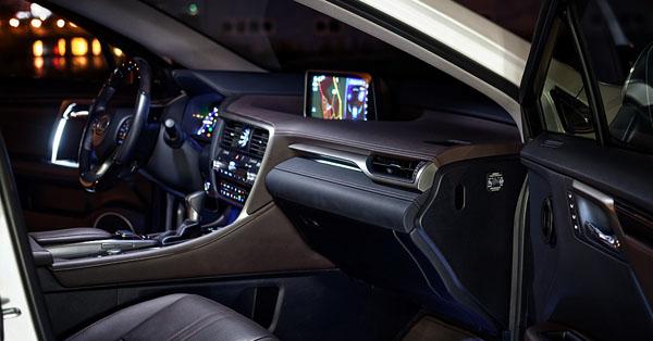 lexus-rx450-carclub-interior-front2