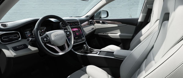 lynk-co-01-interior