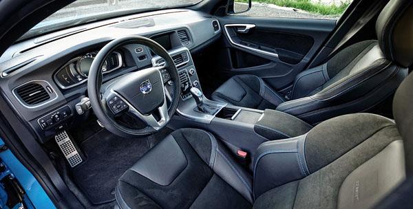 volvo-s60-polestar-carclub-interior1