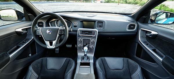 volvo-s60-polestar-carclub-interior3