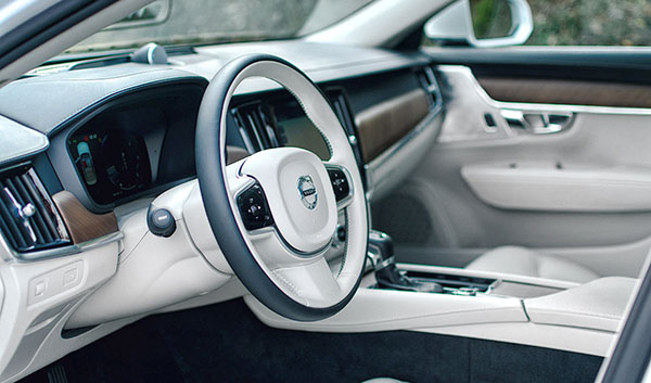 volvo-s90-steering-wheel