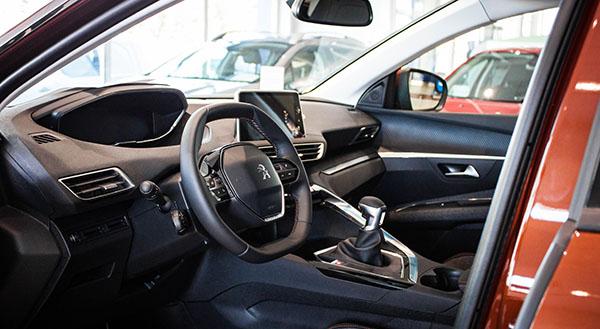 peugeot-3008-skopje-interior